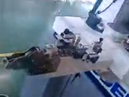 喷码机配合全自动裁线机打码