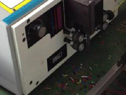 IJET喷码机在线速上配合剥线机应用